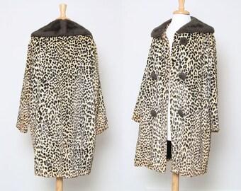 Vintage 60s Leopard Print Faux Fur Coat / Animal Print