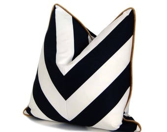 "18"" B&W Chevron Pillow with Gold Velour Backing"