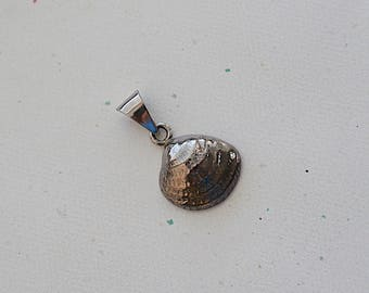 Oxidized Shell Sterling Silver Pendant -37x22mm- 1 Pc