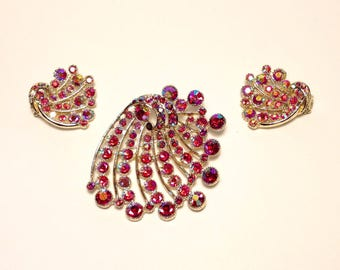 BSK Cranberry Aurora Borealis Rhinestone Brooch w/Clip Earrings Set Unique!