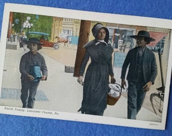 Vintage Amish Family Postcard, Lancaster County PA, new unused Pennsylvania souvenir post card