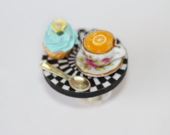 Alice in Wonderland Ring - Eat Me Drink Me Ring - Tea Party Ring - Cupcake Ring - fairy Tale Jewelry - Tea Party Jewelry -  kawaii ring