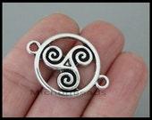 5 CELTIC Knots Connector Charms - 28mm Antiqued Silver Knot Symbol Charm Britain Bretagne - Instant Ship - USA Wholesale Charm 6884