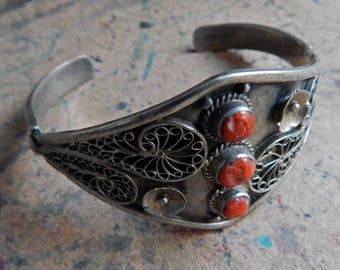 Bold FILIGREE Flared Silver Cuff Bracelet; Crushed Agate Cabochons; Modern Abstract Floral Paisley Design; Small Medium Wrist; Soft Patina.