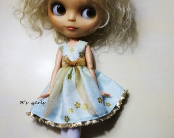 Blythe Party dress Gold trim