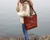 The Leather Bucket Bag | Chestnut Brown