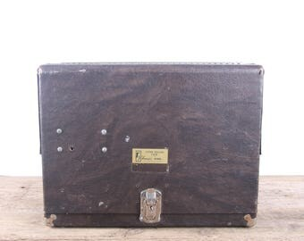Vintage Pistol Box / Super Deluxe Case by Pachmayr Gun Works / Antique Hunting Gear / Old Outdoor Gear / Gun Case Outdoor Decor Display Case