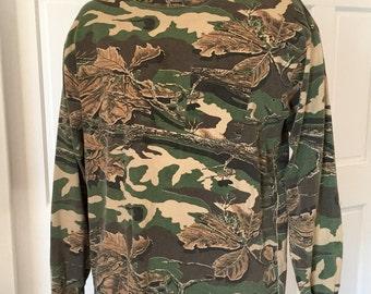 Vintage 90s Long Sleeve Camo Tshirt - camouflage shirt - SASQUATCH - Large