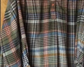 VINTAGE WOOL SHIRT, plaid, pull over, artist smock, winter wear, fall color, Gorgeous
