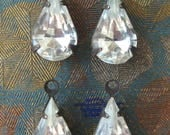 SALE Clear Crystal Glass Teardrop Pear Rhinestones in Oxidized Brass 1-Loop Settings Charms Pendants (4)