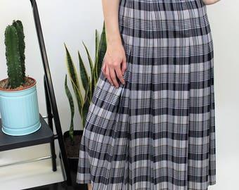 Navy Check Pleated Midi Skirt Size UK 14, US 10, EU 42
