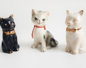 Vintage Salt and Pepper Shakers Cat Kittens Salt Pepper Shakers Black White Kitten Figurines Set of 3 Small Kitten Salt & Pepper Shakers