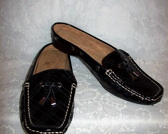 Vintage Ladies Black Patent Mules by Naturalizer Size 6 1/2 Only 8 USD