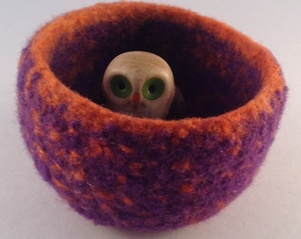 Felted wool bowl, jewelry holder, desktop storage, purple and orange container