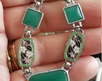 Vintage Art Deco Enameled Green Chalcedony Glass Necklace