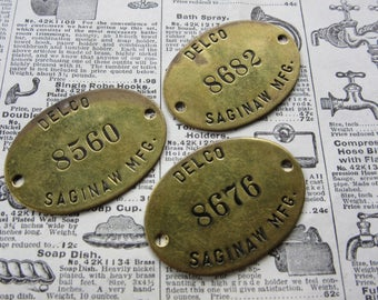 Vintage Brass Tag Chevrolet Saginaw Delco Chevy (1) Auto Factory Tool Check Plant Car Truck Metal Number Tag Industrial Keychain
