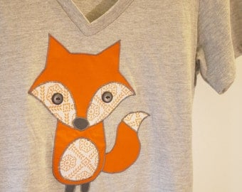 Womens Fox applique Tshirt - organic cotton v-neck - heather grey