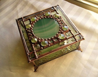 Stained Glass Box|Jewelry Box|Glass Art Box With Agate|Green Agate|Beveled Glass|OOAK|Jewelry|Jewelry Storage|Handcrafted|Made in USA