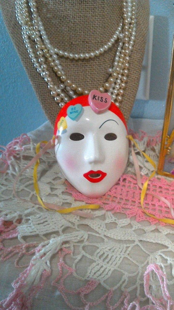 1985 Vandor Romantic Mask Valentines