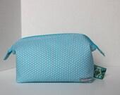 Gift for Knitter, Zippered Travel Bag, Retreat Bag, Knitting Project Bag, Blue Zipper Bag, Craft Bag, Gift for Her, Knitting Bag, Knit Print