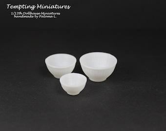 Set of Three Nesting Bowls - 1:12th Dollhouse Miniatures