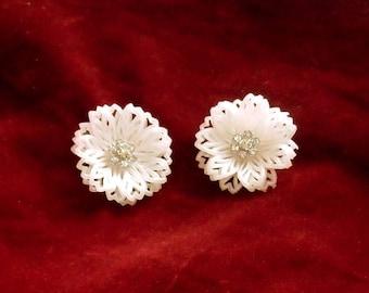 Soft Plastic Earrings White Flower Clip On Earrings Rhinestone Centers Vintage