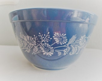 Pyrex Colonial Mist Blue and White Floral Serving Bowl No 401