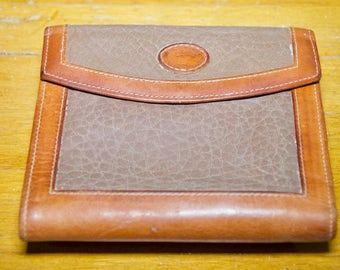 Vintage Authentic Dooney And Bourke Leather Wallet
