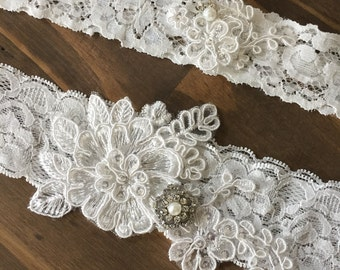 Ivory lace garter set/Wedding garter set/ Garter Set/Lace Garter/Bridal Accessories/ Vintage wedding/Garter/Wedding