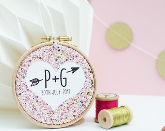 Personalised Wedding Favour - Embroidery Hoop Wedding Favour - Anniversary Gift - Custom wedding gift - Handmade Wedding Favour