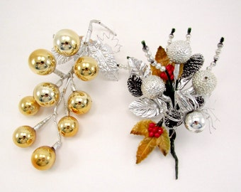 Vintage Christmas Corsage Craft Grape Pic 1950s Retro Glass Christmas Decorations Gold Silver