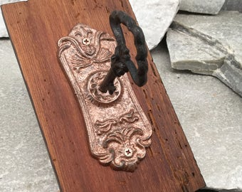Copper Key Door Knob Hook, Cast Iron, Wall Hook on Rustic Plaque