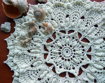 "Off-White crochet doily Round 32 cm / 12,5 "". Crocheted Doily."