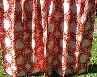 Set of 2 Vintage Floral Geometric Curtains in bright red, oranges and off white, Retro 1970s Woven Mod Drapes, Mid Century Long Curtains