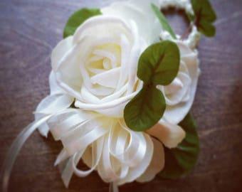 Wedding, Corsage, Sola Wood Corsage,Corsage, Ivory Cream Corsage, Mothers wrist corsage, Sola Bouquet