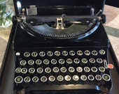 Super Cute 1920's-Era Typewriter / Antique Typewriter / Unique Typewriter / Manual Typewriter