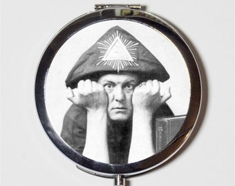 Aleister Crowley Compact Mirror - Occult Magick Magician Hermetic Witchcraft - Make Up Pocket Mirror for Cosmetics