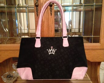 "Brand New--Classic Luxury CROWNED ""Black Pink"" Leather-Patent Exquisite Handbag"