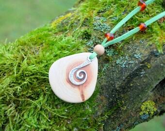 Juniper Wood Spiral Pendant with Amber Beads, Nature Eco Friendly Wooden Necklace, Woodland Boho Hippie Pendant Amulet, Unisex Wood Pendant