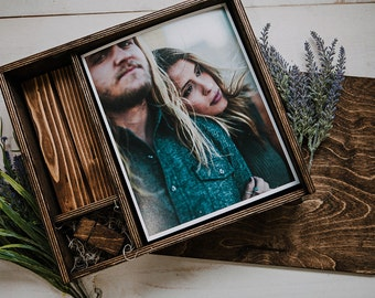 8x10x2.5 - Wood print box with photo stand and space for usb + 8x10 prints - (spanish moss included)