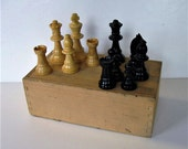 Vintage natural and Black wood Chess pieces, complete Chess set, original hardwood box, dovetail corners, vintage toys and games, gift idea