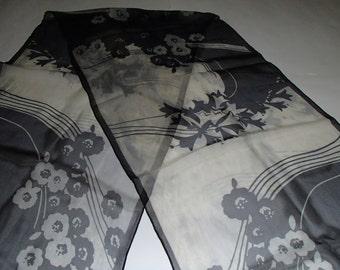 JAMMERS & LEUFGEN/ VINTAGE Silk Crepe Scarf/ Made in Germany/Mixed Abstract Print/White N Black Tones