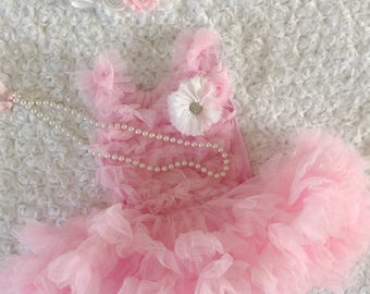 Baby tutu dress. Baby girl 1st birthday outfit. Baby tutu. First birthday outfit. Baby petti skirt. Cake smash outfit.