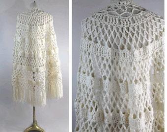 70s wool  SHAWL ivoire triangle fringe large crochet handmade
