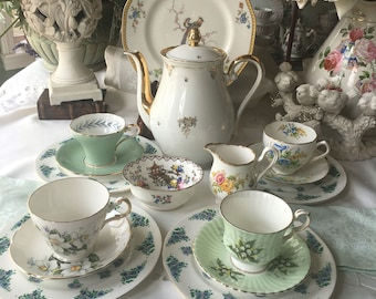 Lovely Mismatched Complete Tea Set for 4 Gorgeous Fine China 16 pieced