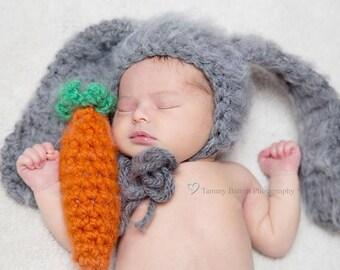 Fuzzy Bunny hat & Carrot