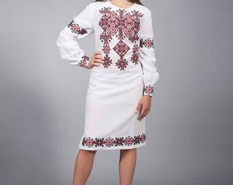Vyshyvanka linen dress, Ukrainian cross-stitch embroidered dress, Stylish dress. Вышитое платье крестиком, Ukrainian wedding dress red, blue