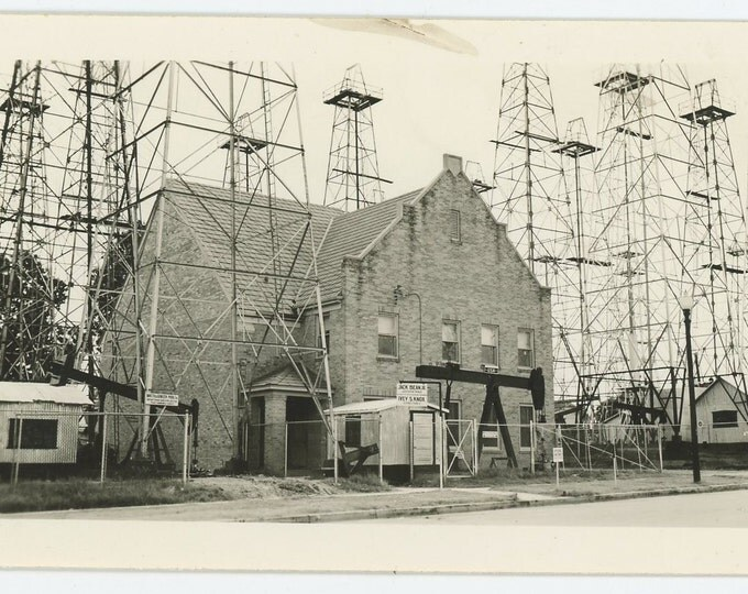 Oil Wells in Presbyterian Churchyard: Vintage Snapshot Photo, c1930s-40s [71540]