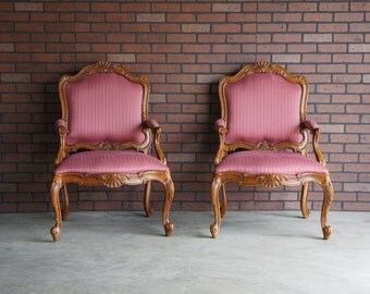 French Style Carved Arm Chairs / Bergere Chairs / Pair of French Accent Chairs by Drexel Heritage