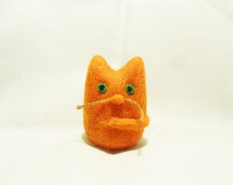 Needle Felted Cat -  miniature ginger cat figure - 100% merino wool - wool felt cat - needle felt cat